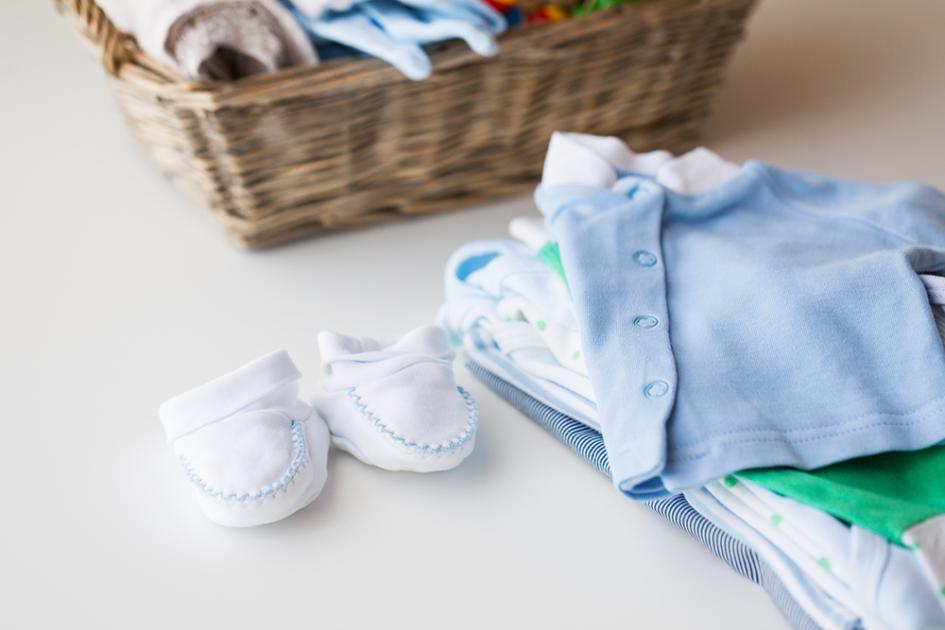 checkliste erstausstattung babykleidung magazin. Black Bedroom Furniture Sets. Home Design Ideas