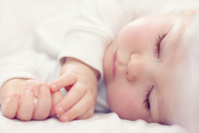 Baby sicher schlafen