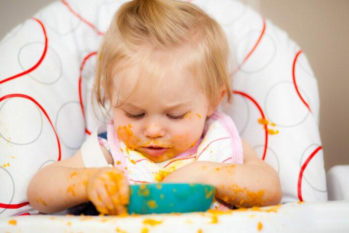Baby Essen lernen