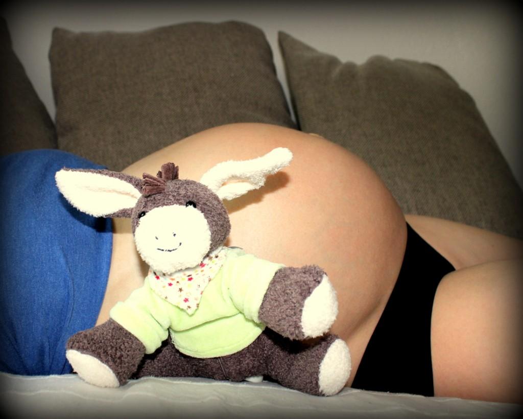 """Die Melodie der Spieluhr """"Emmi"""" lernt unser Schatz jetzt schon kennen - angeblich beruhigt ihn das dann auch nach der Geburt."""