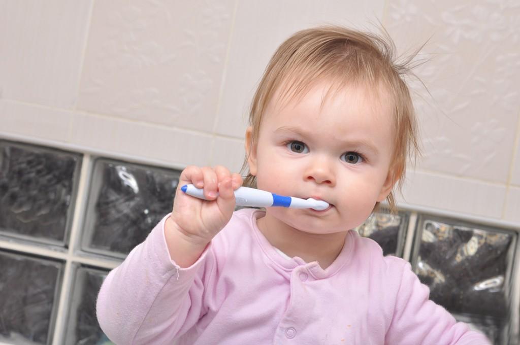Zahnpflege beim Baby