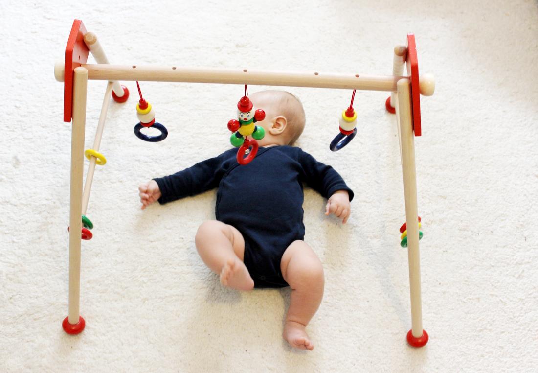 Baby Gym Heimess Spieltrainer