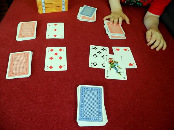 Kartenspiel: Ritter und Barbar - so wird gemeinsam gekämpft