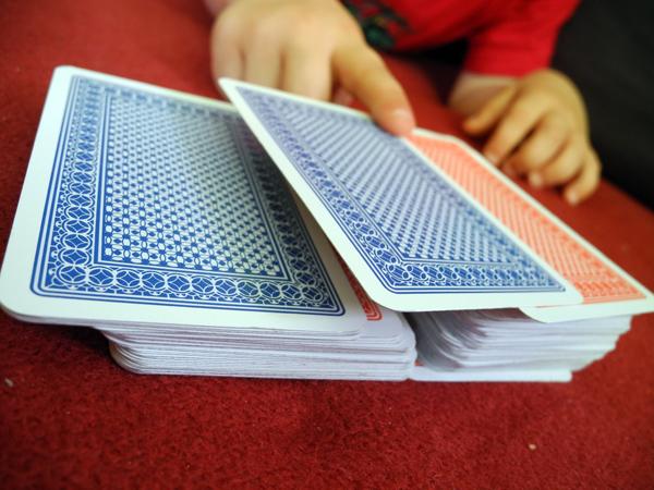 Kartenspiel: Ritter und Barbar - wer hat gewonnen