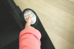 iCoo Buggy Acrobat: Räder per Knopfdruck feststellen