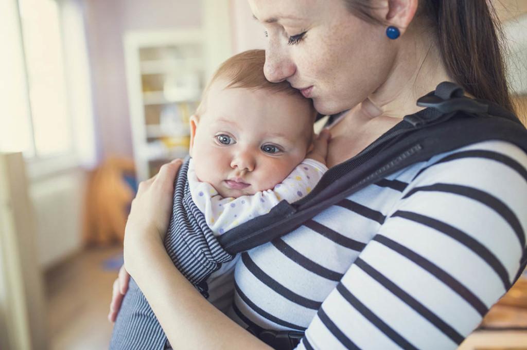 Baby Schläft Beim Stillen Ein Bevor Es Satt Ist