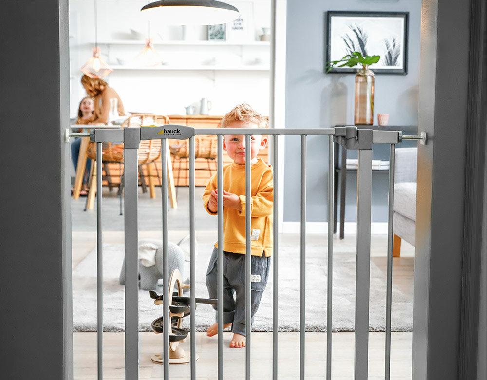Wohnung kindersicher machen Schutzgitter