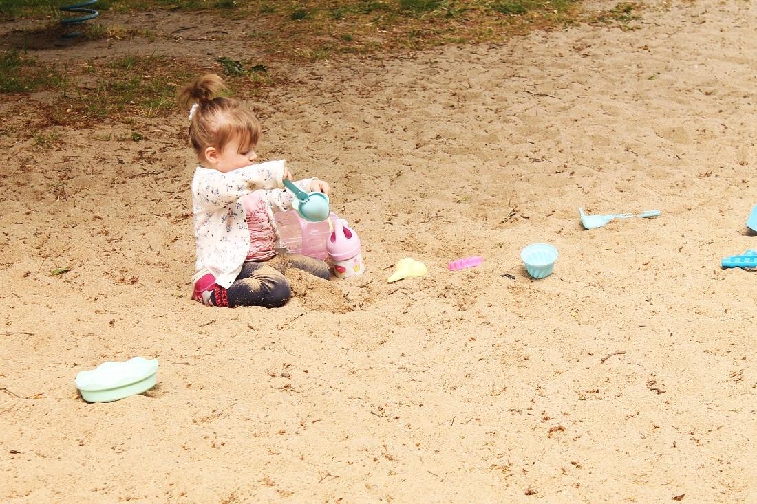 Ecoiffier Sandspielzeug-Garnitur mit Schaufel