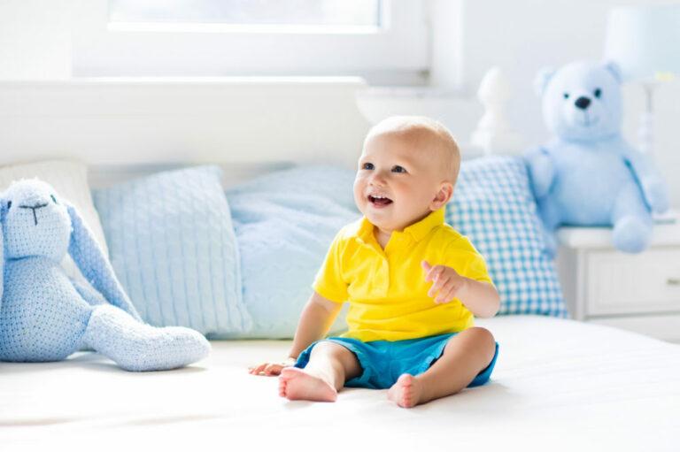 Baby sitzen lernen