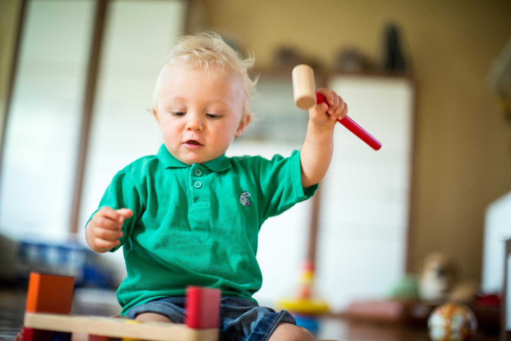 Baby Motorik Spielzeug : baby 1x1 babys motorik f rdern magazin ~ Watch28wear.com Haus und Dekorationen