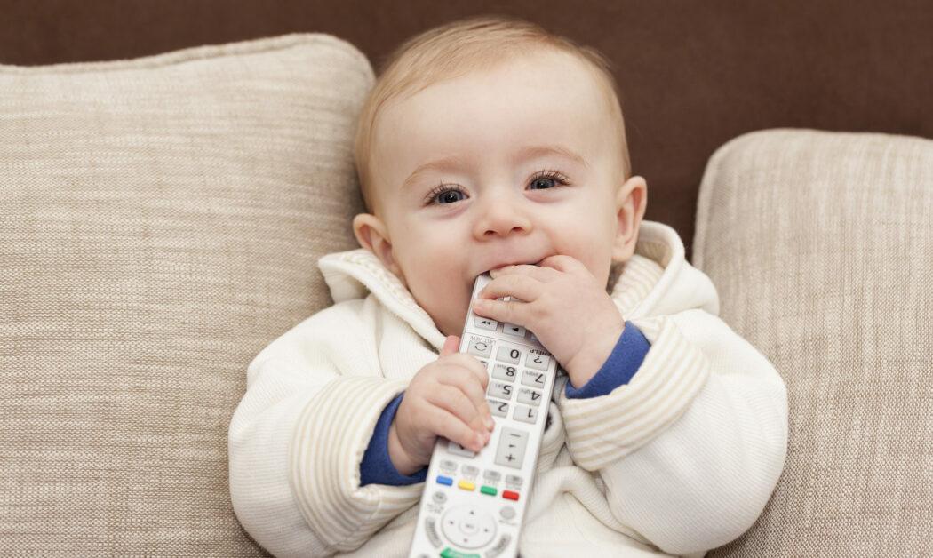 Mein Baby nimmt alles in den Mund - die orale Phase