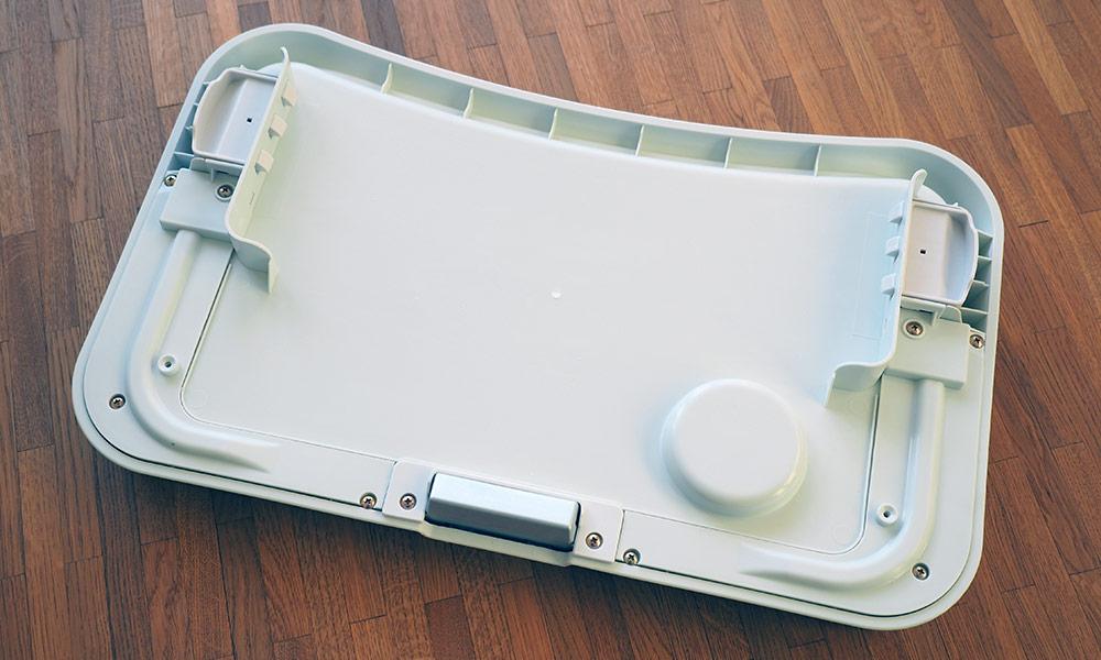 hauck-alpha-tray-essbrett-unterseite