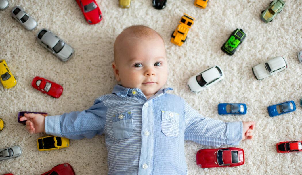 Baby wie viel Spielzeug, wie viel Spielzeug braucht Kind