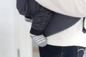 Ergobaby Babytrage Anhock-Spreiz-Haltung