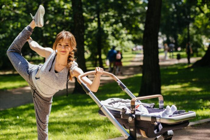 Sport mit Baby, fit mit Baby, Buggyfit Laufmamalauf fitdankbaby kangatraining