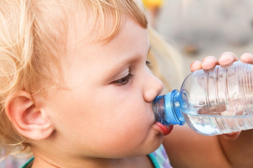 Babywasser wirklich notwendig, Babywasser oder Leitungswasser, Wasser für Babys