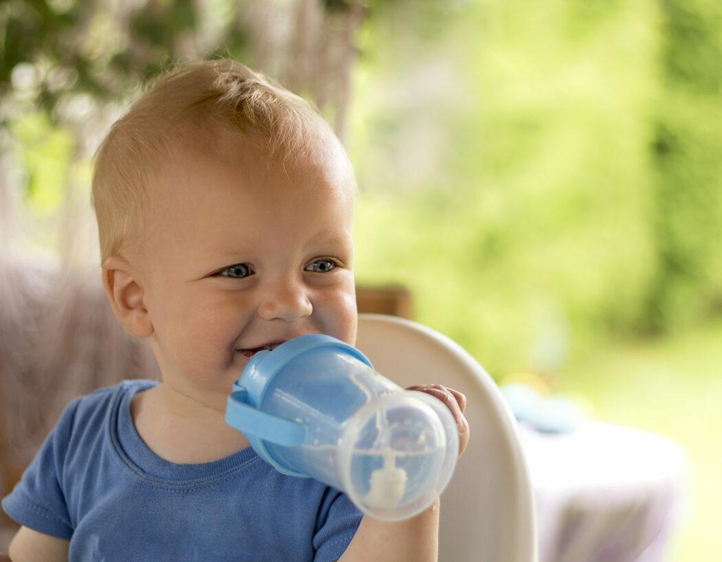Baby Will Kein Wasser Trinken
