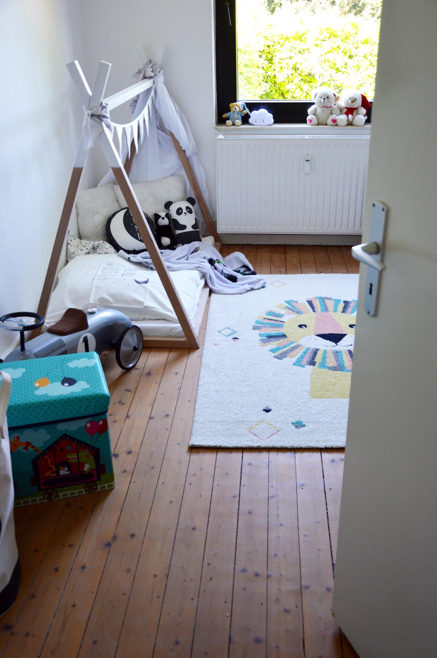 Kinderzimmer einrichten Hausbett Mama Blog