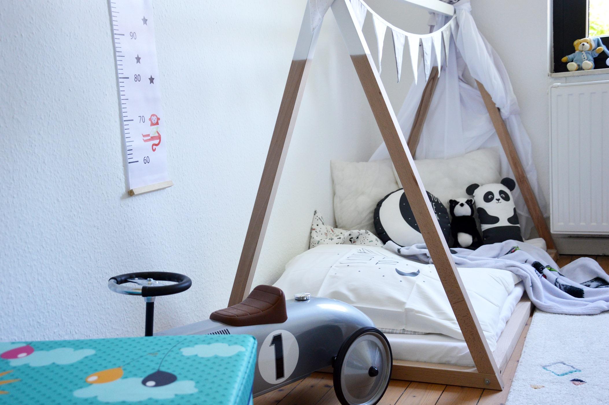Kinderzimmer einrichten Hausbett Living Interior Blogger Blog
