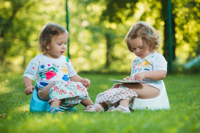töpfchen oder toilettensitz, wc-sitz für kinder, trocken werden, töpfchentraining, windelfrei, toilettentrainer