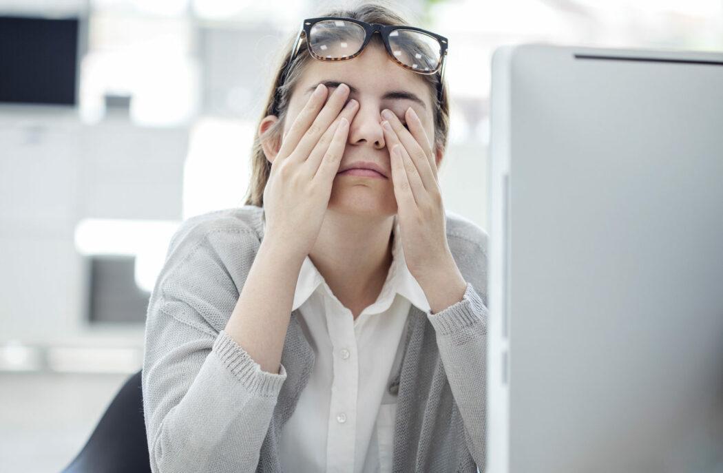 trockene augen schwangerschaft sehschwäche stillzeit kontaktlinsen geburt