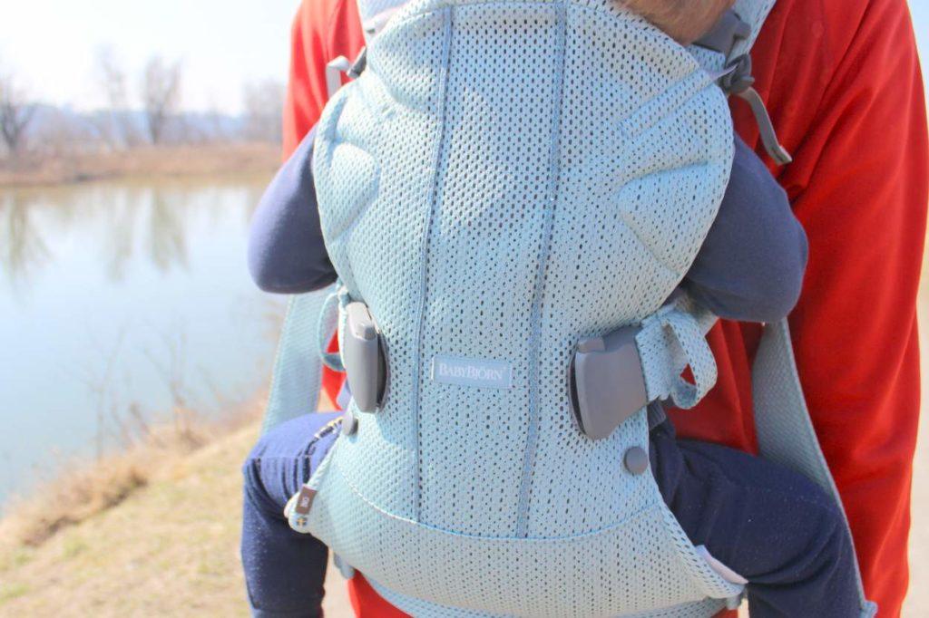 kleinkind tragen, babytrage für kleinkind, tragehilfe breiter steg, babytrage vergleich