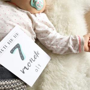 baby fotoshooting babyfoto shooting neugeborenes fotografieren tipps meilensteinkarten milestone cards