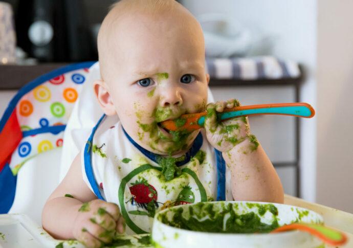 Babyflecken entfernen Hausmittel, Möhrenflecken, Spinatflecken, Stuhlflecken, Milchflecken, Grasflecken