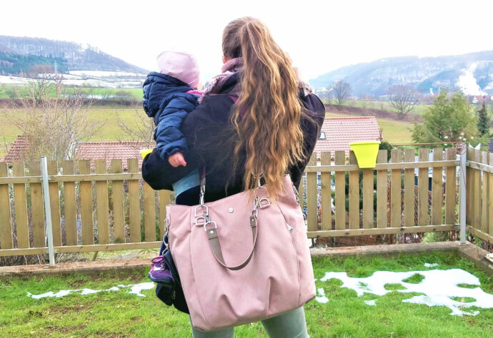 Test Lässig Wickeltasche Green Label Mix 'n Match Bag - Rose Tragefoto