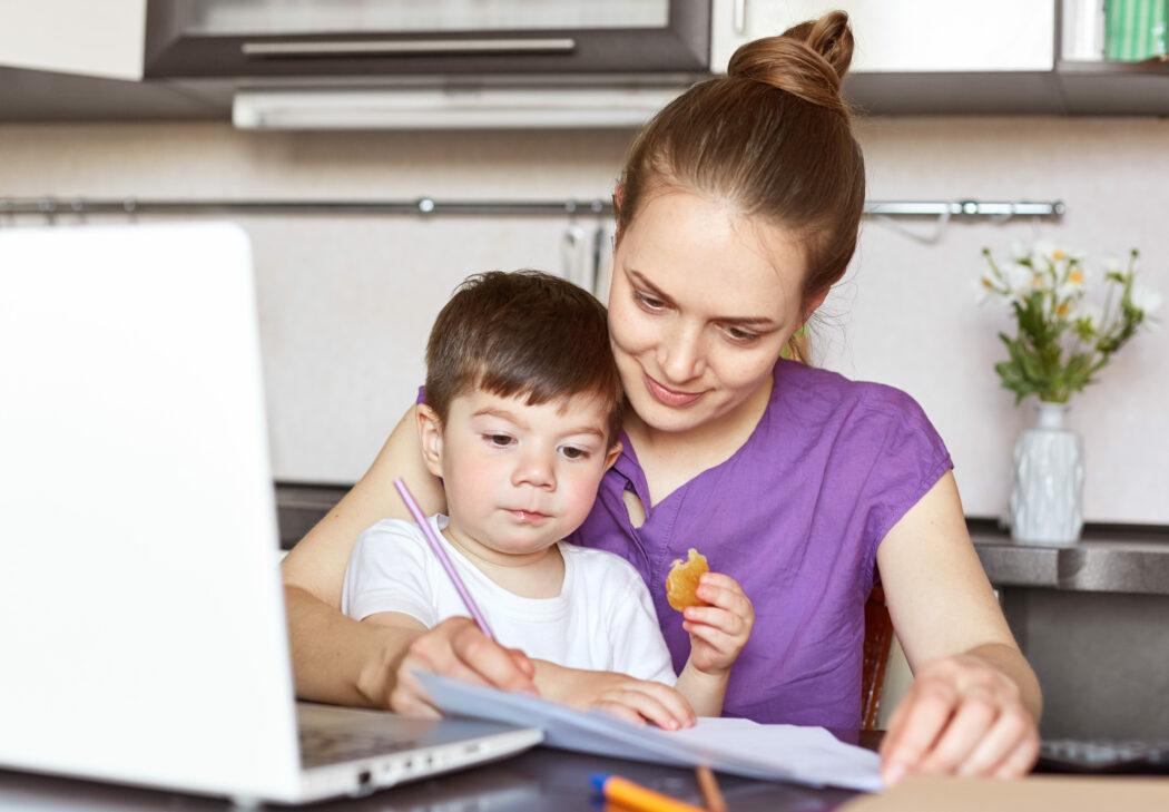 Kinderkrankengeld beantragen, Kinderkrankengeld Anspruch, Kinderkrankengeld wie hoch, Kinderkrankengeld Arbeitgeber