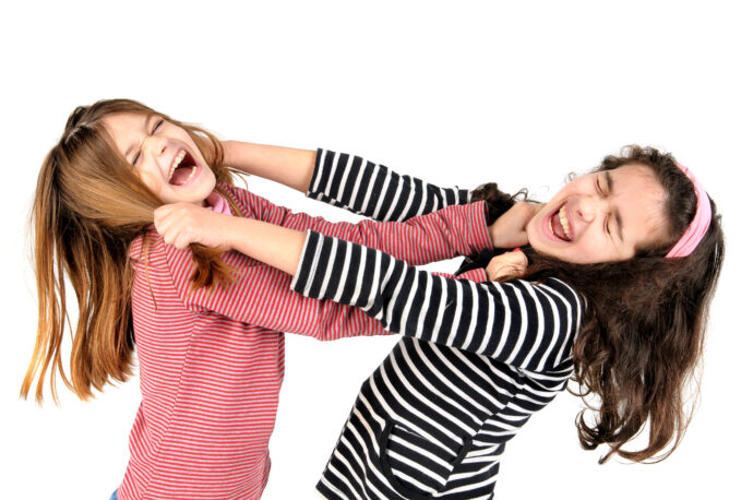 Geschwisterstreit, Streit unter Geschwistern