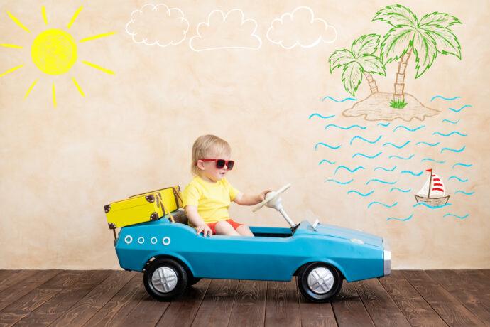 Autofahren mit Baby im Sommer Sonnenschutz Auto Sommerbezug Maxi Cosi Reise Urlaub