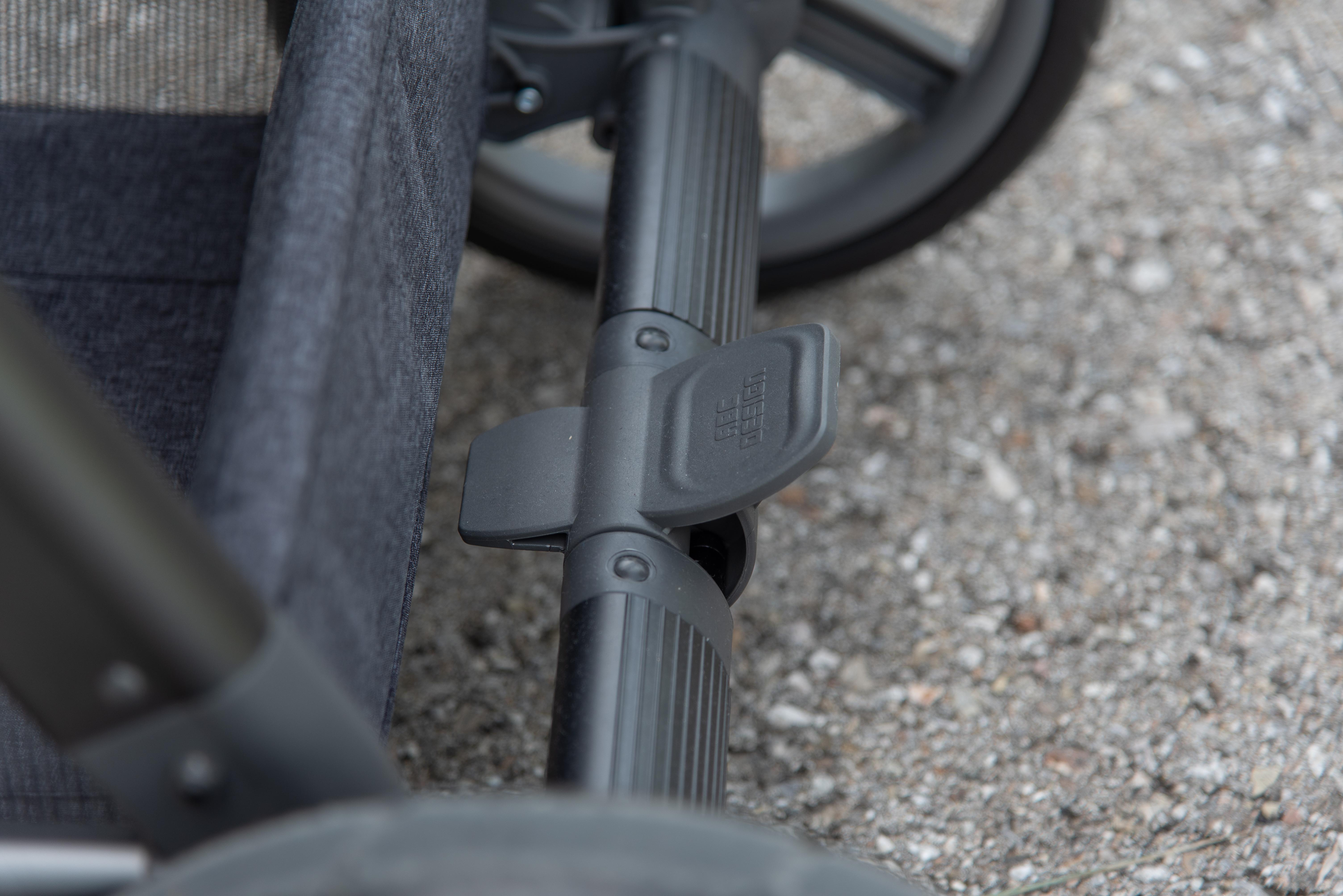Condor 4 Kombi-Kinderwagen: Fußbrmse