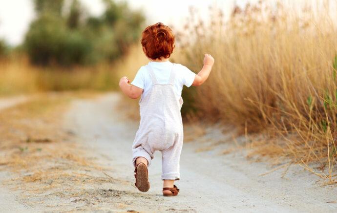 kleinkind bewegung studie who kleinkind übergewicht bmi wie viel soll kleinkind wiegen sport mit kleinkind