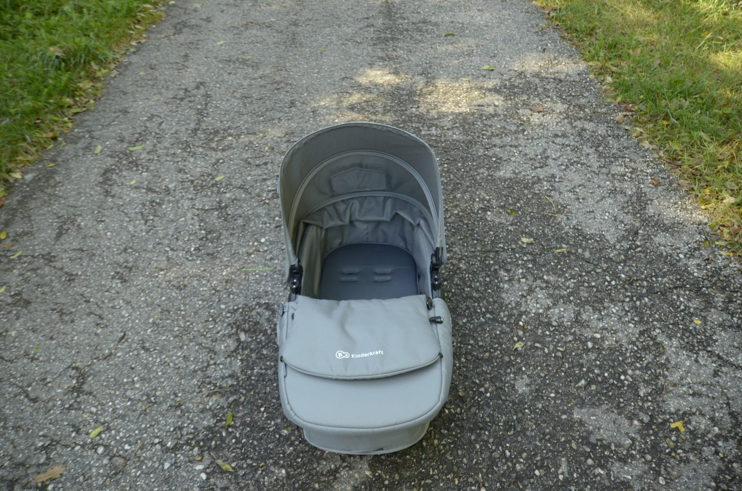 Babywanne mit Schutzdecke