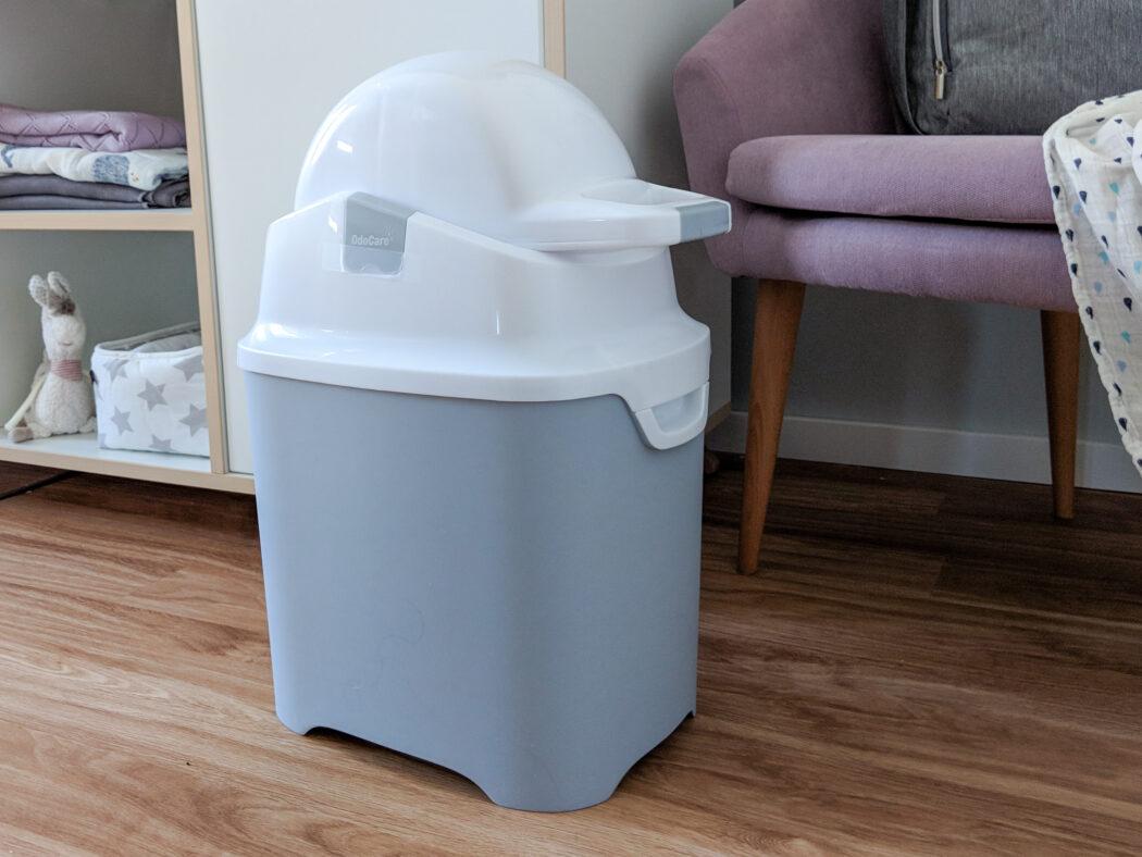 Windeleimer Odo Care Grau stoppt Gerüche funktioniert mit normalen Müllbeuteln
