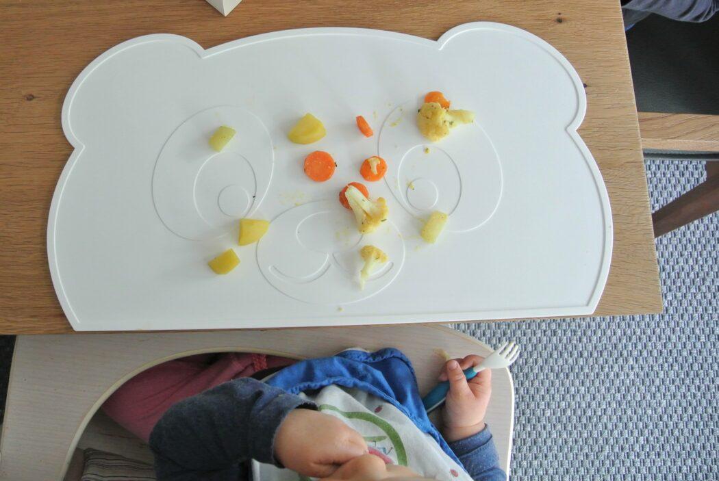 rutschfeste Tischunterlage aus silikon von kokolio für Baby Led Weaning