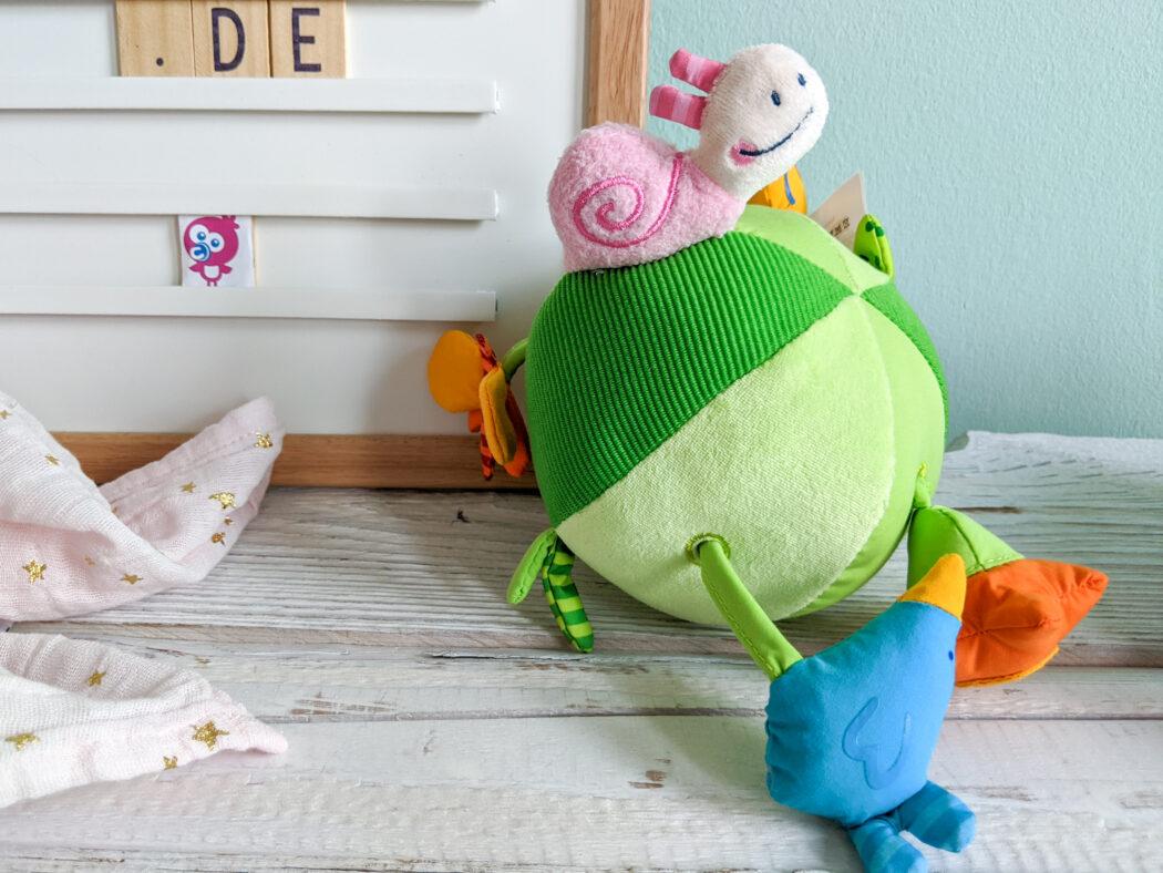 Haba Stoffball Entdeckerwiese Baby Spielzeug Ostergeschenk