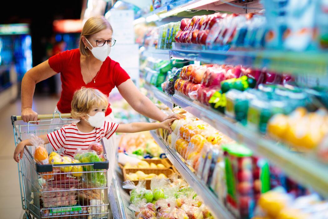 corona supermarkt kind einkaufen