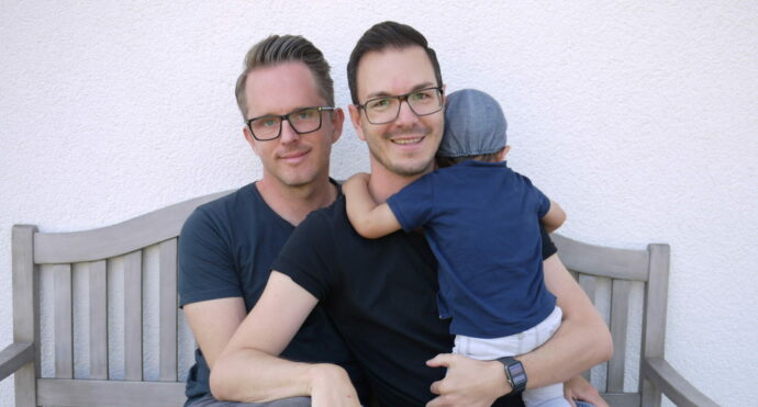 regenbogen familie pflegekind papa papi schwul