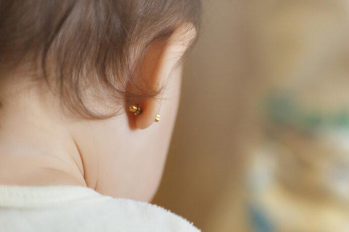 ohrringe babys kinder ohrloch stechen