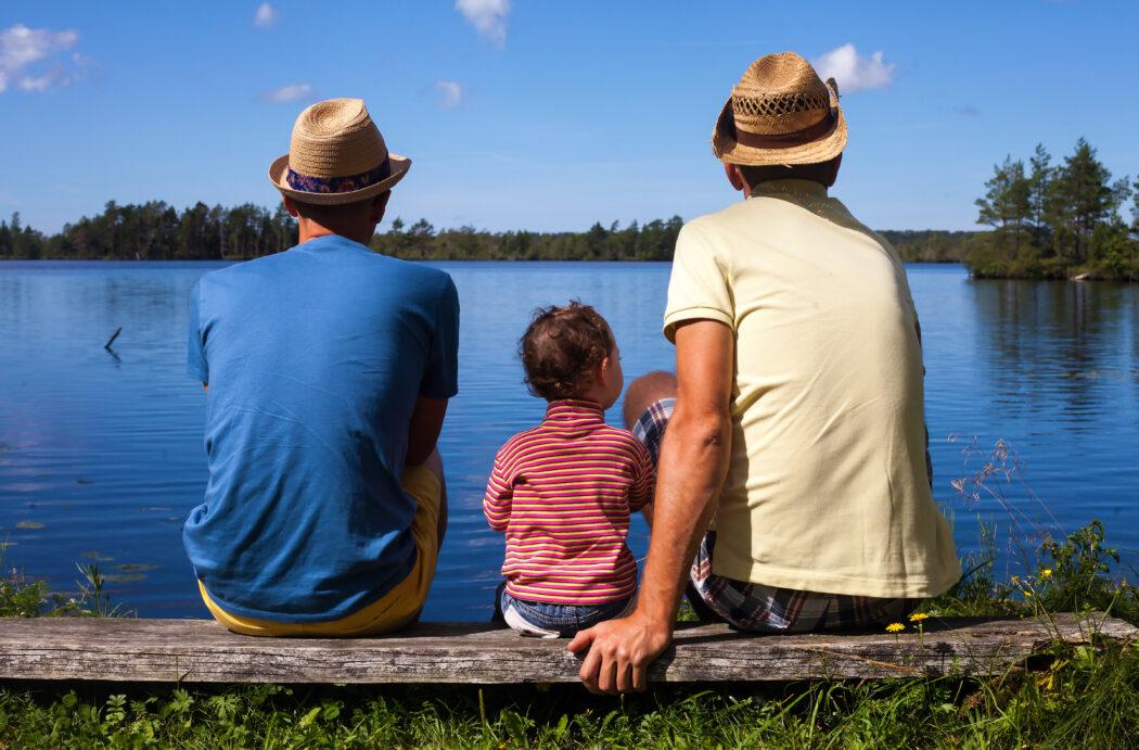 papa und papi regenbogen familie pflegekind schwul