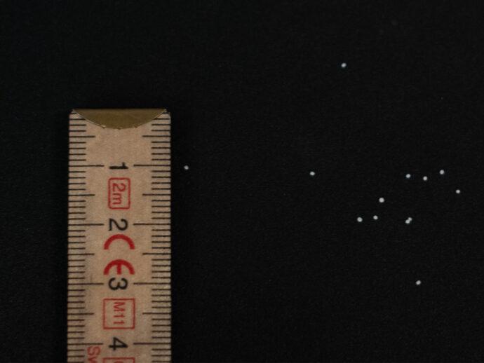 kleine, feine Mikroperlen