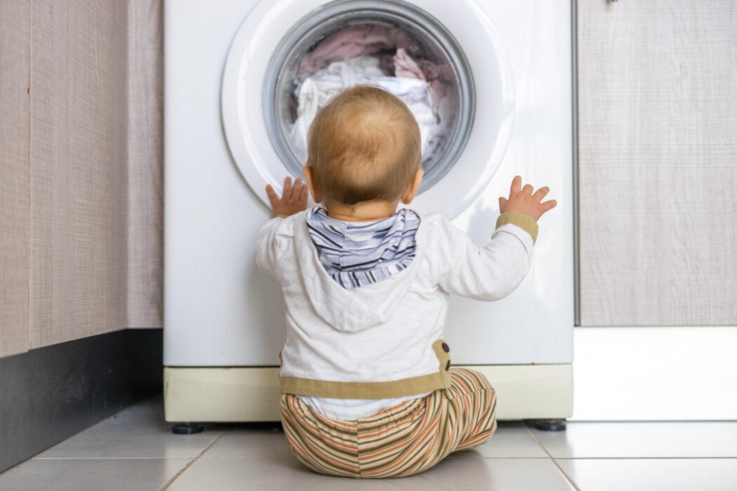 Babykleidung waschen