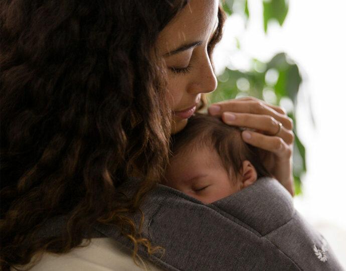 Babytragen für Neugeborene