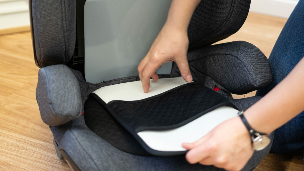Kindersitz-Test abnehmbare, waschbare Stoffe