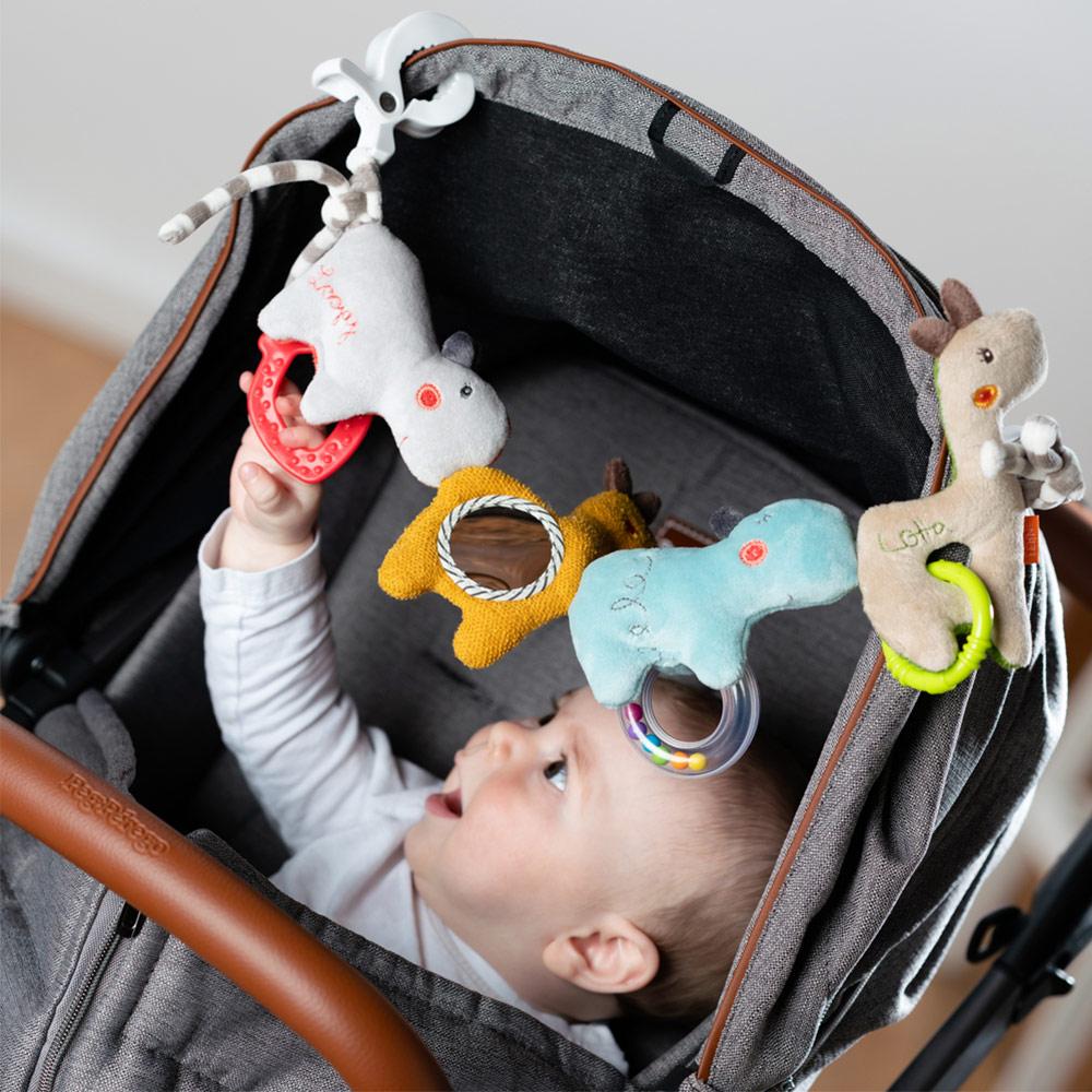babyparty geschenke kinderwagenkette babyschale spielzeug