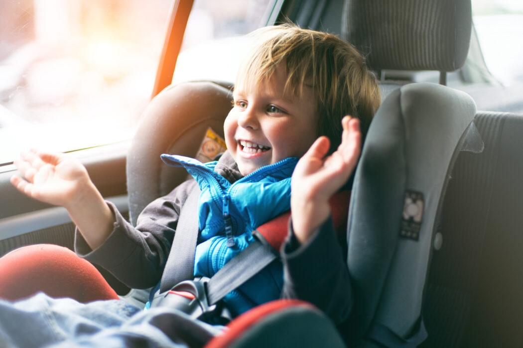 adac kindersitz test 2021 testsieger babyschale vergleichbewertung test vergleich sicherheit qualität
