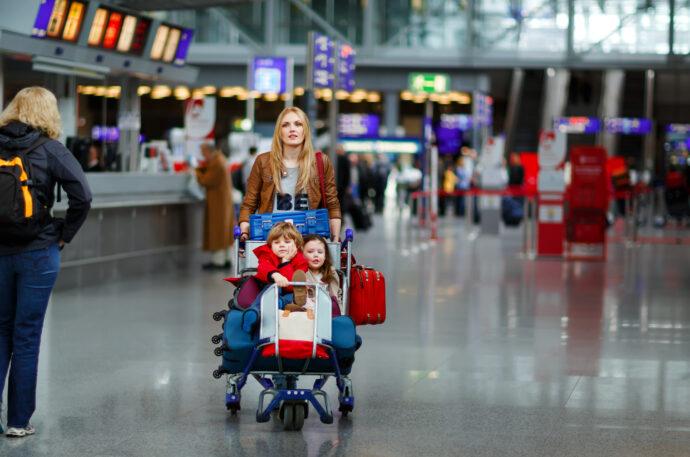 urlaub mit kindern, reisen mit kleinkindern, fliegen mit kleinkindern,