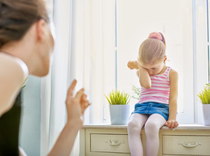 ich habe mein kind angeschrien schlechtes gewissen, kleinkind angeschrien wie reagieren, ich schreie mein kind an was tun